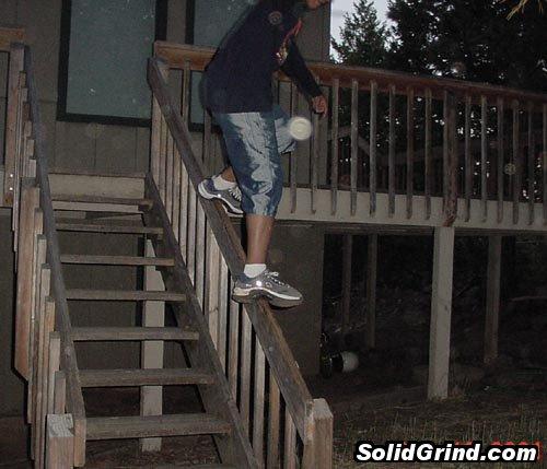 Hugo deLeon hittin a Frontside on the back porch