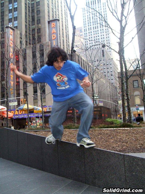 AnthoFlex hitting a Mizuo outside of Radio  City Music Hall